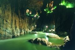 gallery-untour-cool-img-34-1-skocjan-caves_ozadje_psj